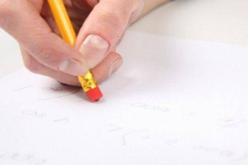 crayon-avec-gomme