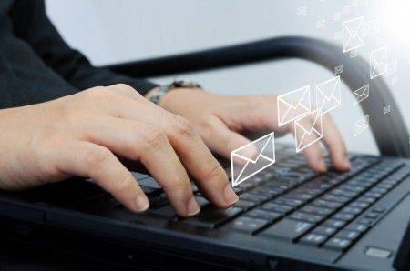 relation-client-emailing